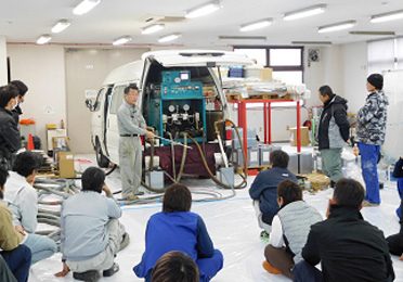 塗膜防水機械施工技術者(マイスター)講習会